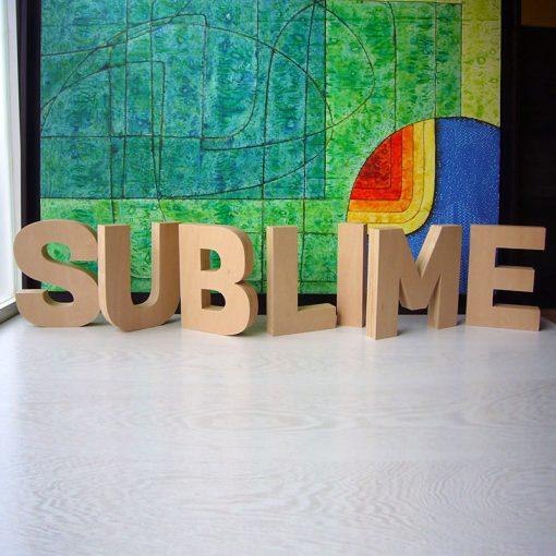 palabra sublime de madera natural