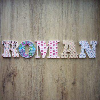 roman-88-350x350 Palabras y nombres multicolor que alegran tu hogar Consejos