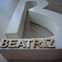 letra b co nombre beatriz
