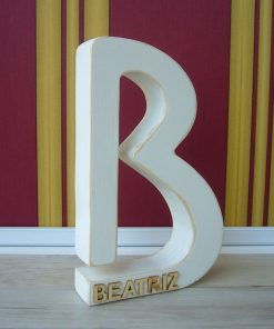 letra b con beatriz relieve