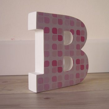 b-de-cuadritos-rosas