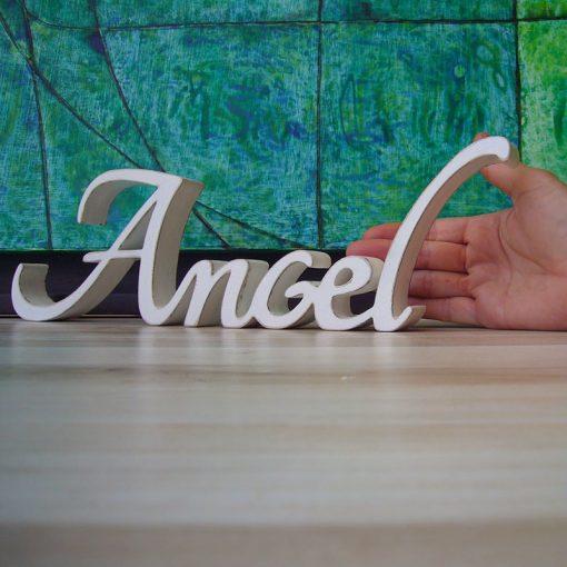 nombre angel de madera color blanco