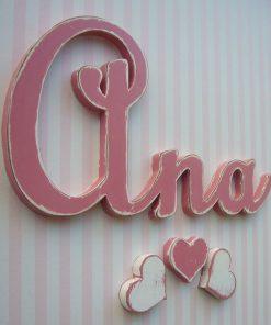 nombre ana de madera en color rosa
