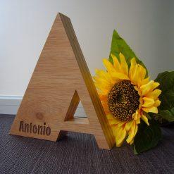 antonio-letra-madera