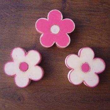 flores-blancas-fucsia