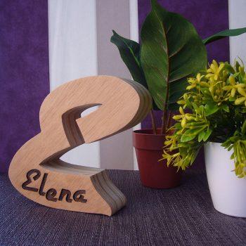 elenaen-e-de-madera
