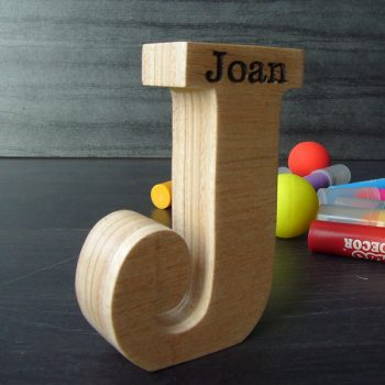 joan-madera-8-350x350 LETRAS DE MADERA PERSONALIZADAS Y TOTALMENTE ARTESANALES