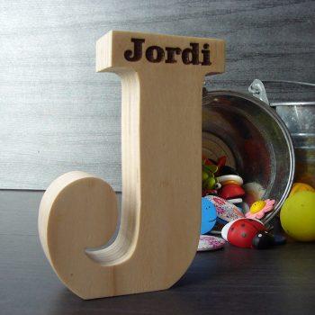 jordi-80-350x350 LETRAS DE MADERA PERSONALIZADAS Y TOTALMENTE ARTESANALES