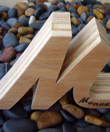 m personalizada de madera