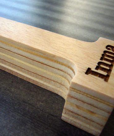 letra i de madera personalizada con inma