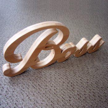 boss-nombre-madera-350x350 Madera natural para tus letras más preciadas Uncategorized