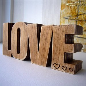 love-madera-corazon-89