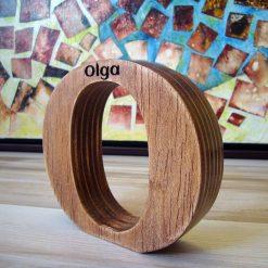 Letra O personalzada con el nombre de Olga