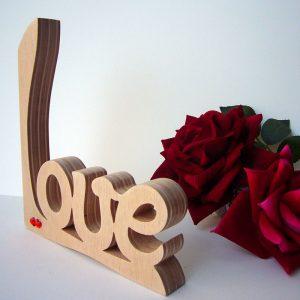 love artesano de madera natural de pino