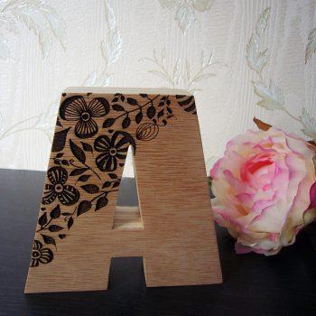 a-madera-flores-86-350x350 LETRAS DE MADERA PERSONALIZADAS Y TOTALMENTE ARTESANALES