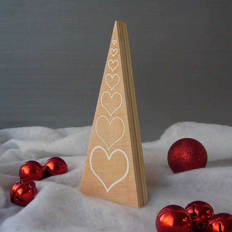 pequeño arbol de madera de navidad
