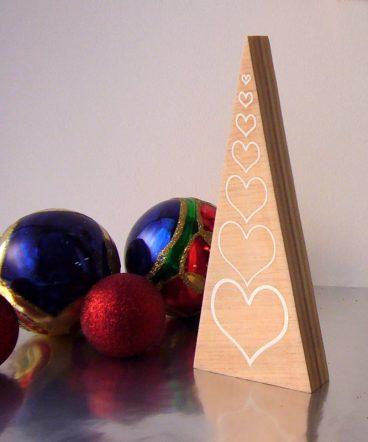 arbol artesanal de madera de pino
