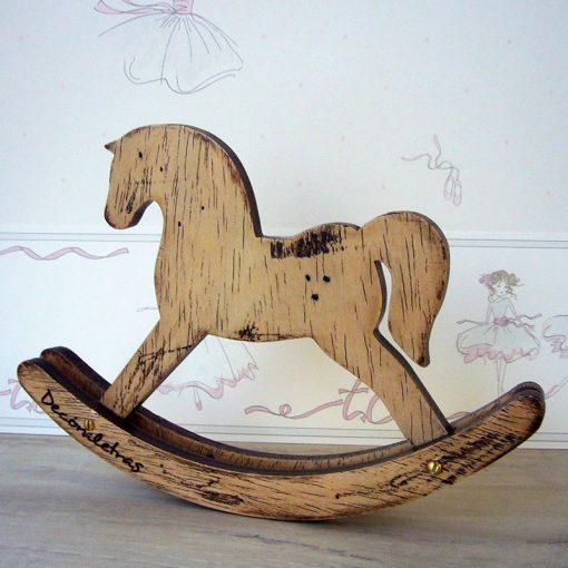 caballito de madera para decoracion