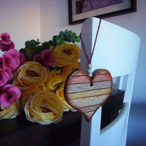 corazones envejecidos para decoracion del hogar
