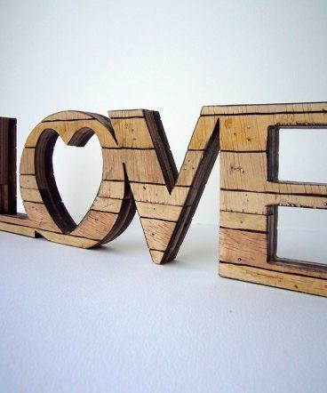 love retro artesano de madera
