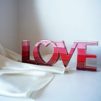 love-rojo-vintage-350x350 love de madera variados Consejos