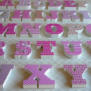 abecedario-madera-rosa Galeria