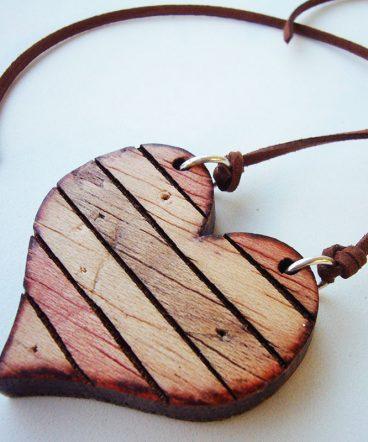 corazon de madera grabacion personalizada