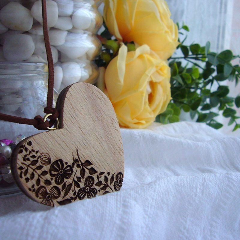 corazones colgante personalizados con flores