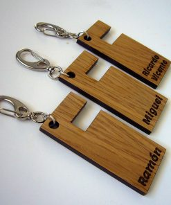 Llaveros de madera