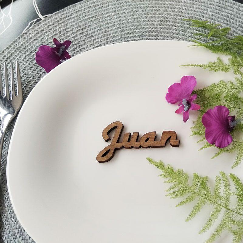marcasitios con nombre de madera para bodas