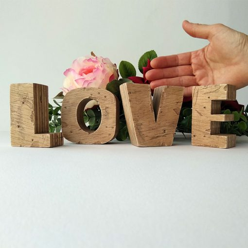 love vintage de madera desgastada