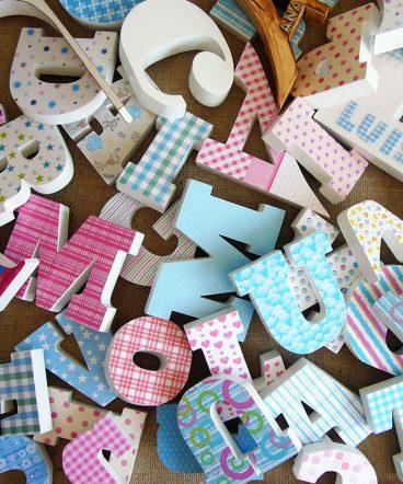 Tienda de letras y nombres en madera