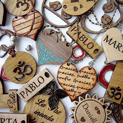 collares-colgantes-y-llaveros Categoría regalos y decoración