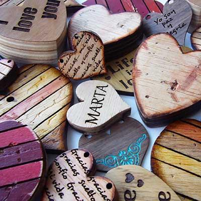 corazones-y-colgantes Categoría regalos y decoración