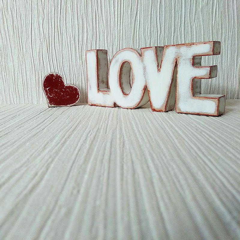 love blanco y rojo vintage
