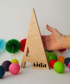 aida grabado en madera