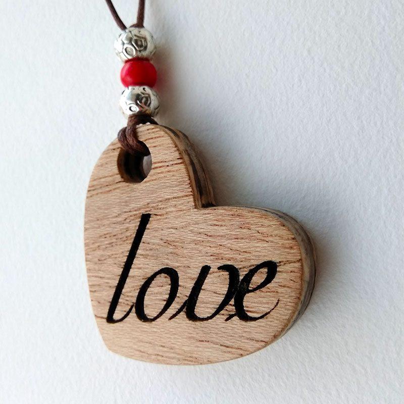 corazon de madera artesano