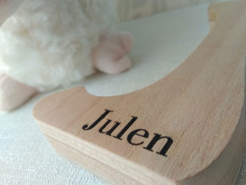 letra grabada con nombre julen