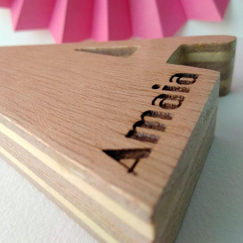 letra a de madera nombre amaia