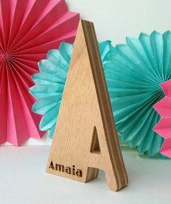 letra a con nombre amaia