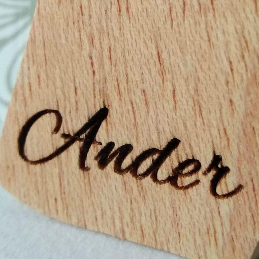 letra a con nombre grabado ander
