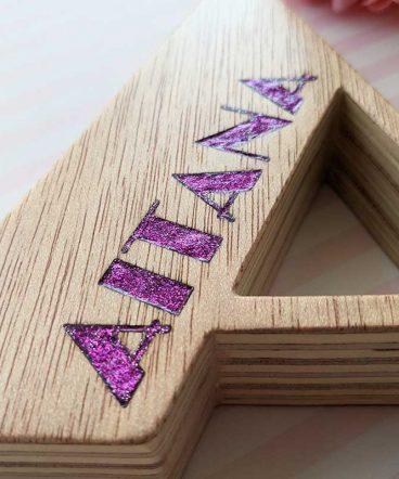 letra-a-de-madera-con-nombre-aitana-1-368x442 LETRAS DE MADERA PERSONALIZADAS Y TOTALMENTE ARTESANALES