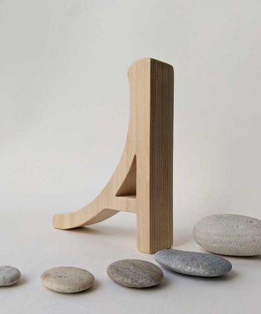 Elegante-A-de-madera-al-natural1-368x442 LETRAS DE MADERA PERSONALIZADAS Y TOTALMENTE ARTESANALES